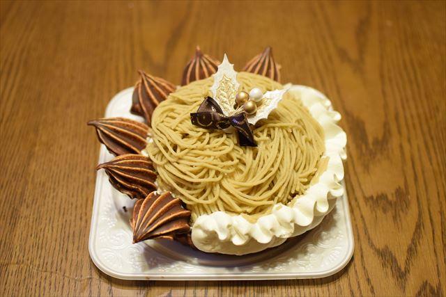 クリスマスケーキのモンブラン