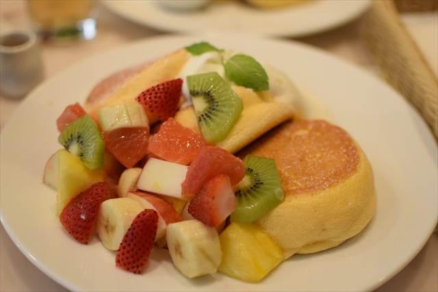 季節のフルーツパンケーキ