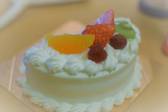お誕生日ケーキのおすそ分け
