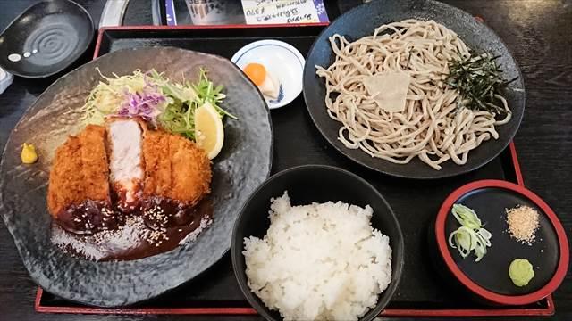 上州沼田とんかつ街道の味噌ダレとんかつ
